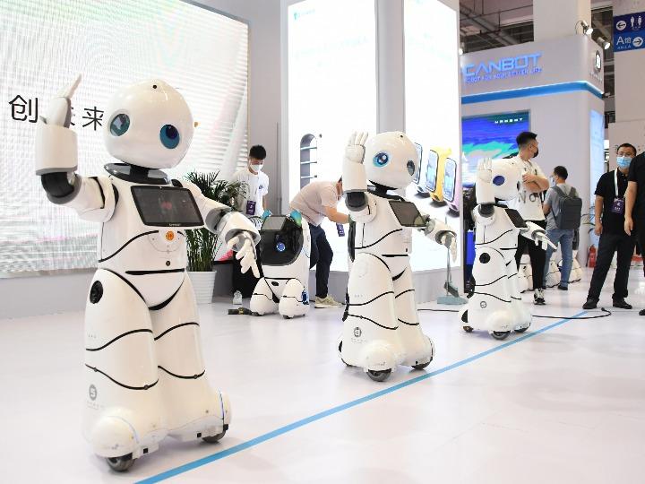 '세계로봇콘퍼런스'에서 만나 본 신기한 로봇 세상