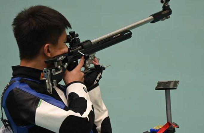 中 [전국체전] 사격 장창훙, 남자 50m 소총3자세 금메달